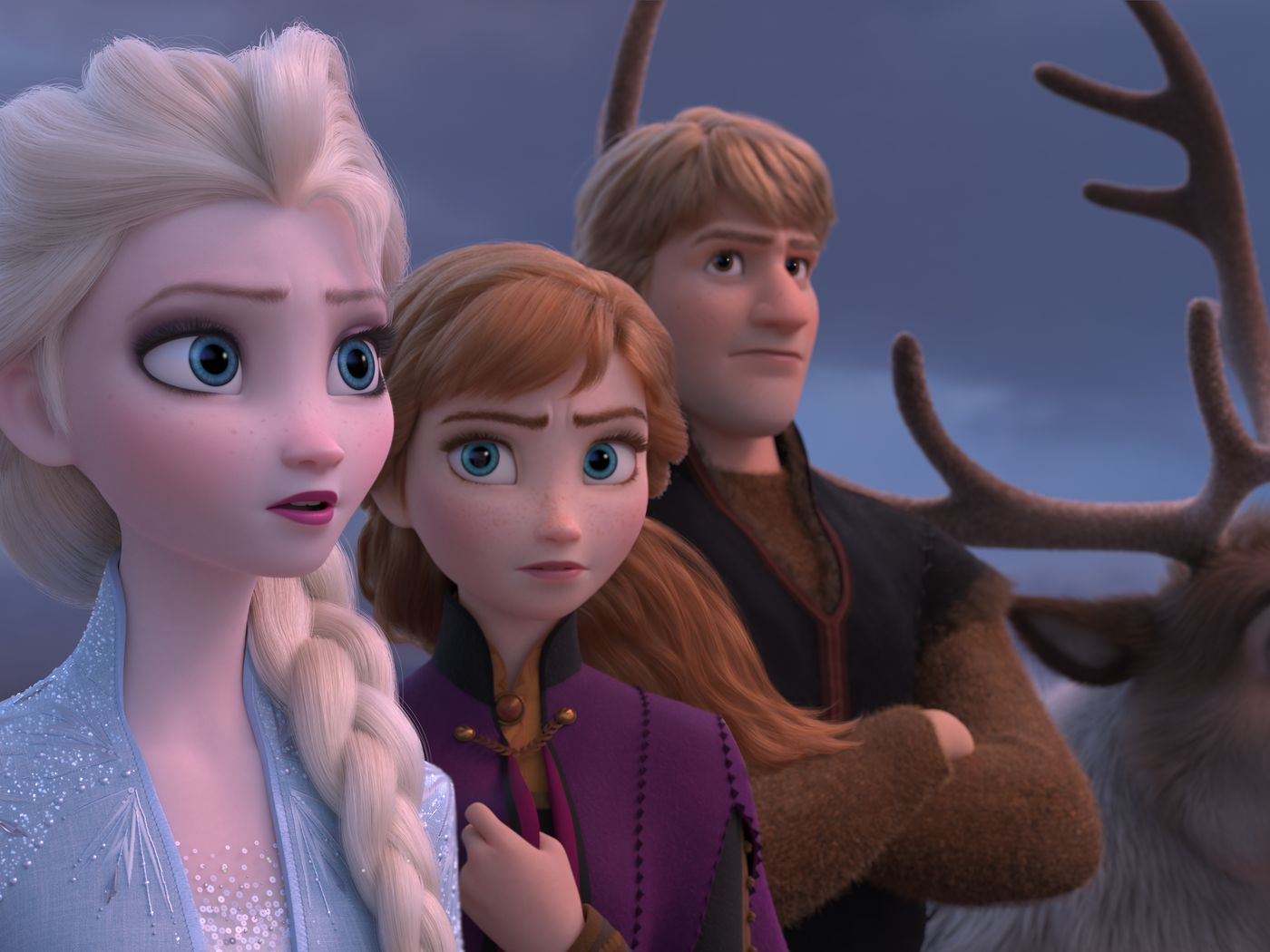 Frozen 2 How Anna And Elsa S CGI Costumes Are Designed And