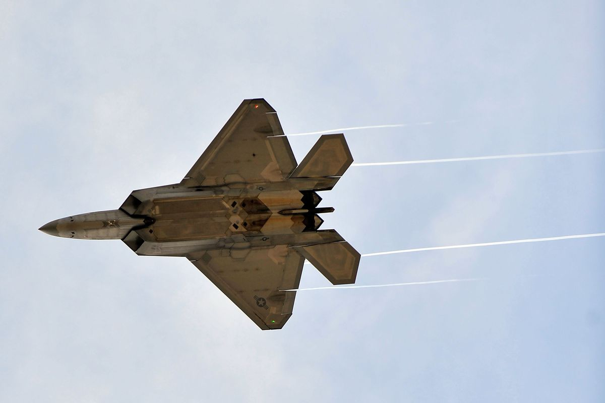 An F-22 Raptor, a plane the US may use to bomb Syria.