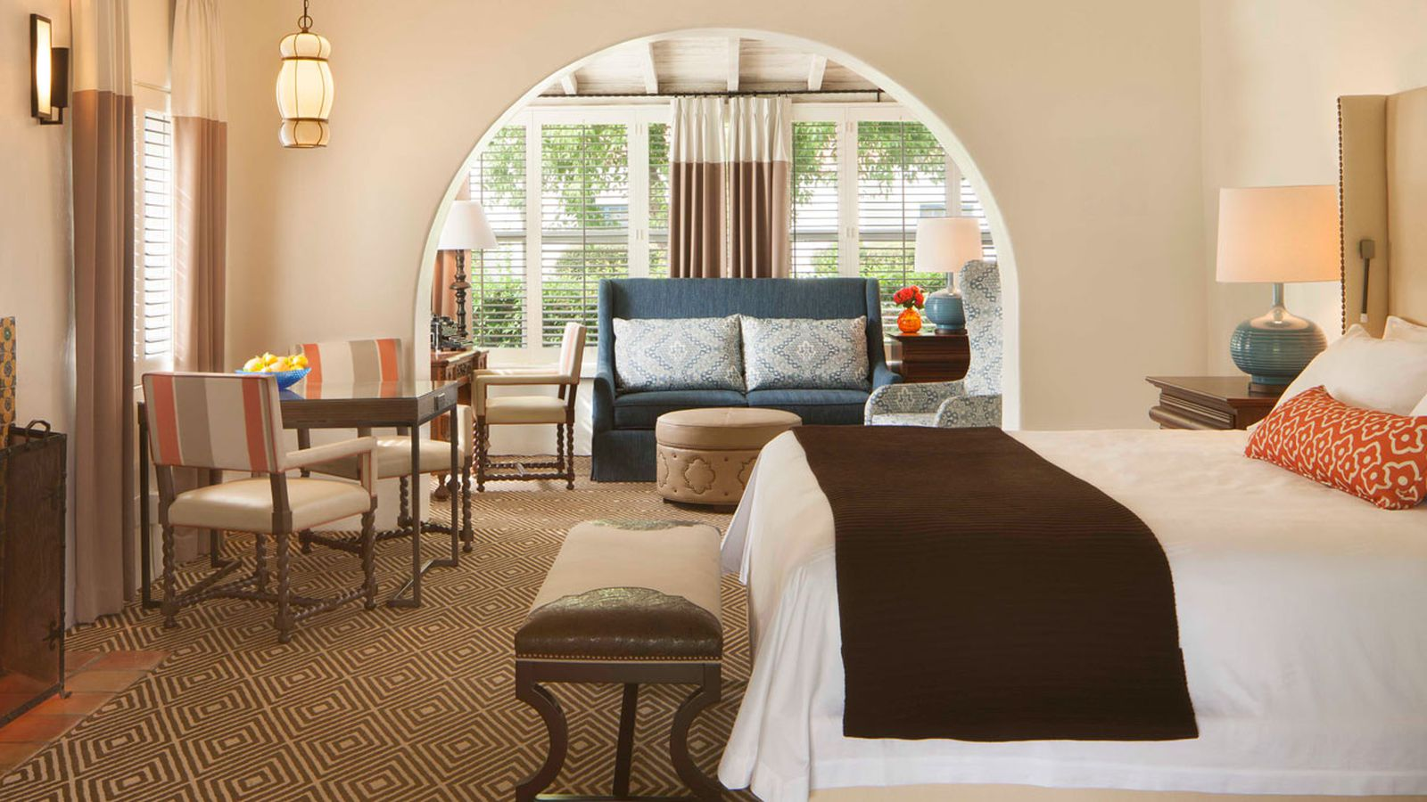 Score Luxury Hotel Furniture At Next Week S Epic Clearance