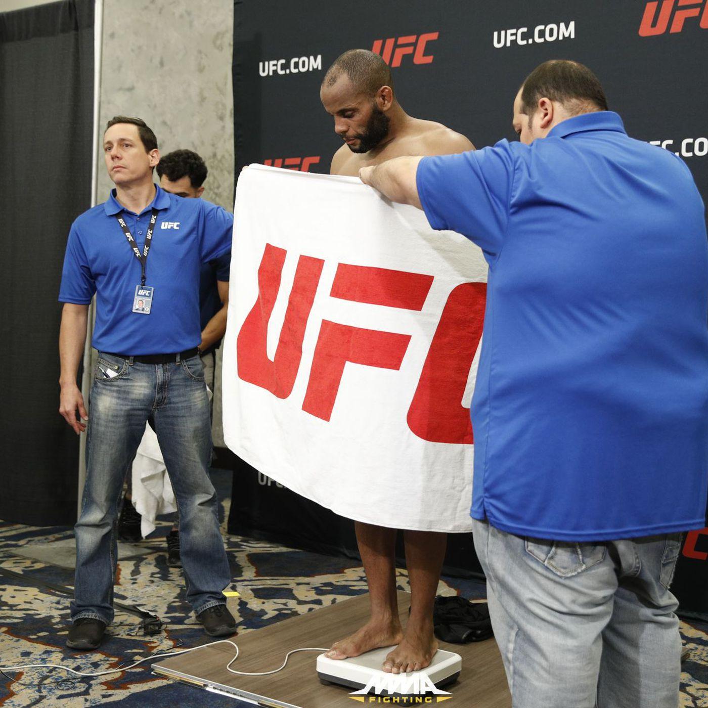 Pros react to Daniel Cormier's controversial UFC 210 weigh