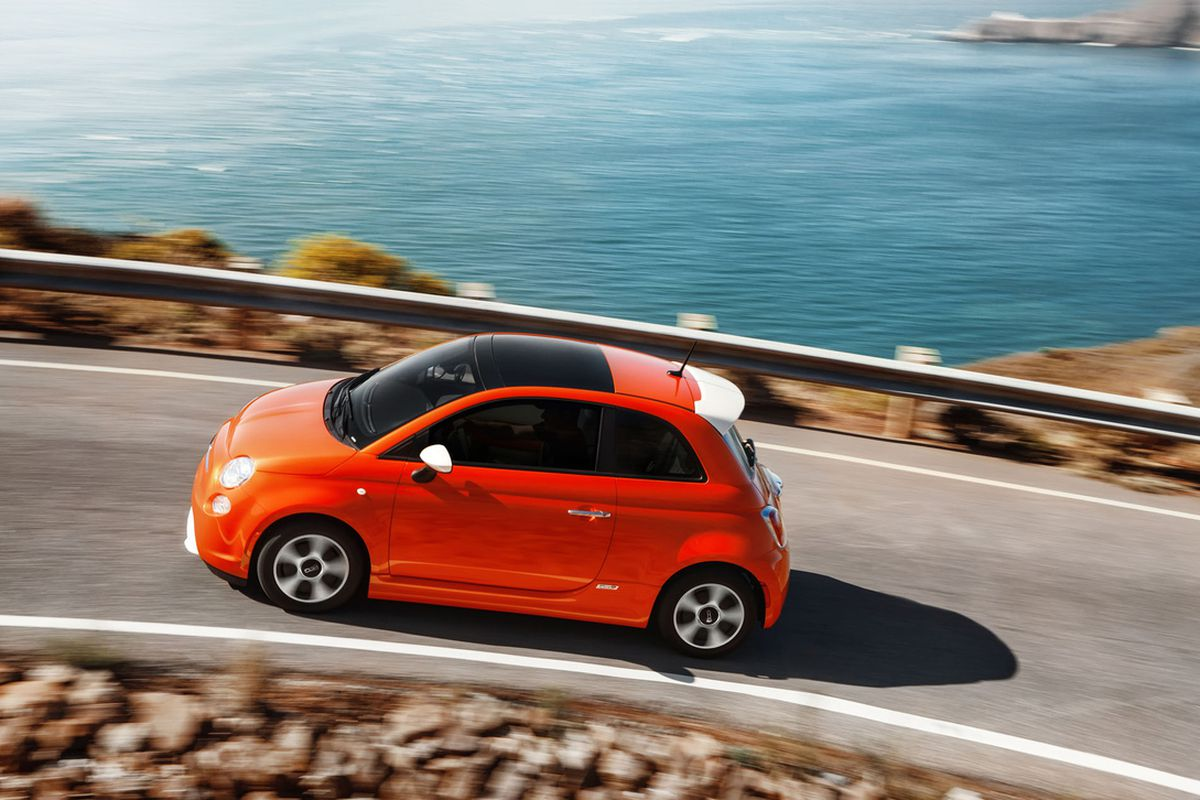 Fiat 500e With Affordable Lease And 87 Mile Range May Just Be The Best Ev For Normal People