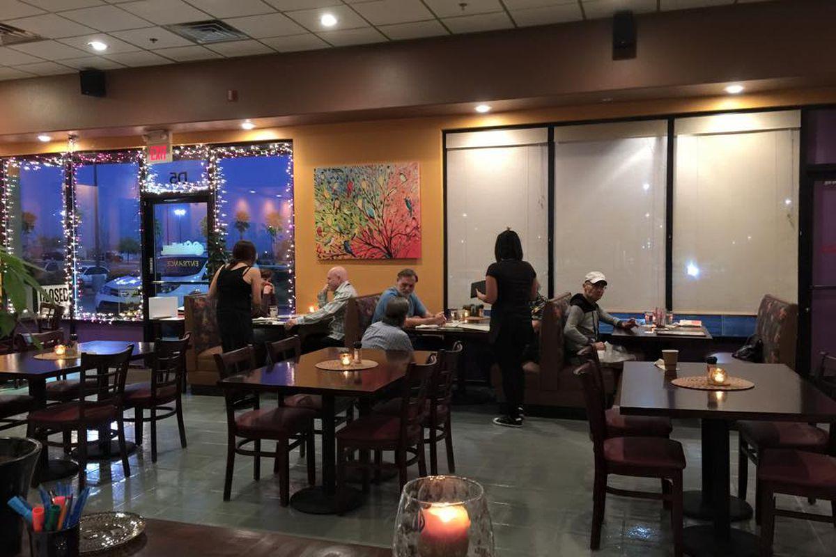 Violette's Vegan Organic Eatery & Juice Bar