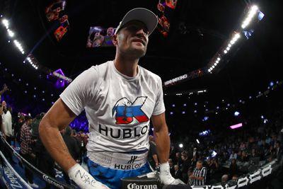 624484686.jpg - Canelo 'zeroed in on' September fight with Kovalev