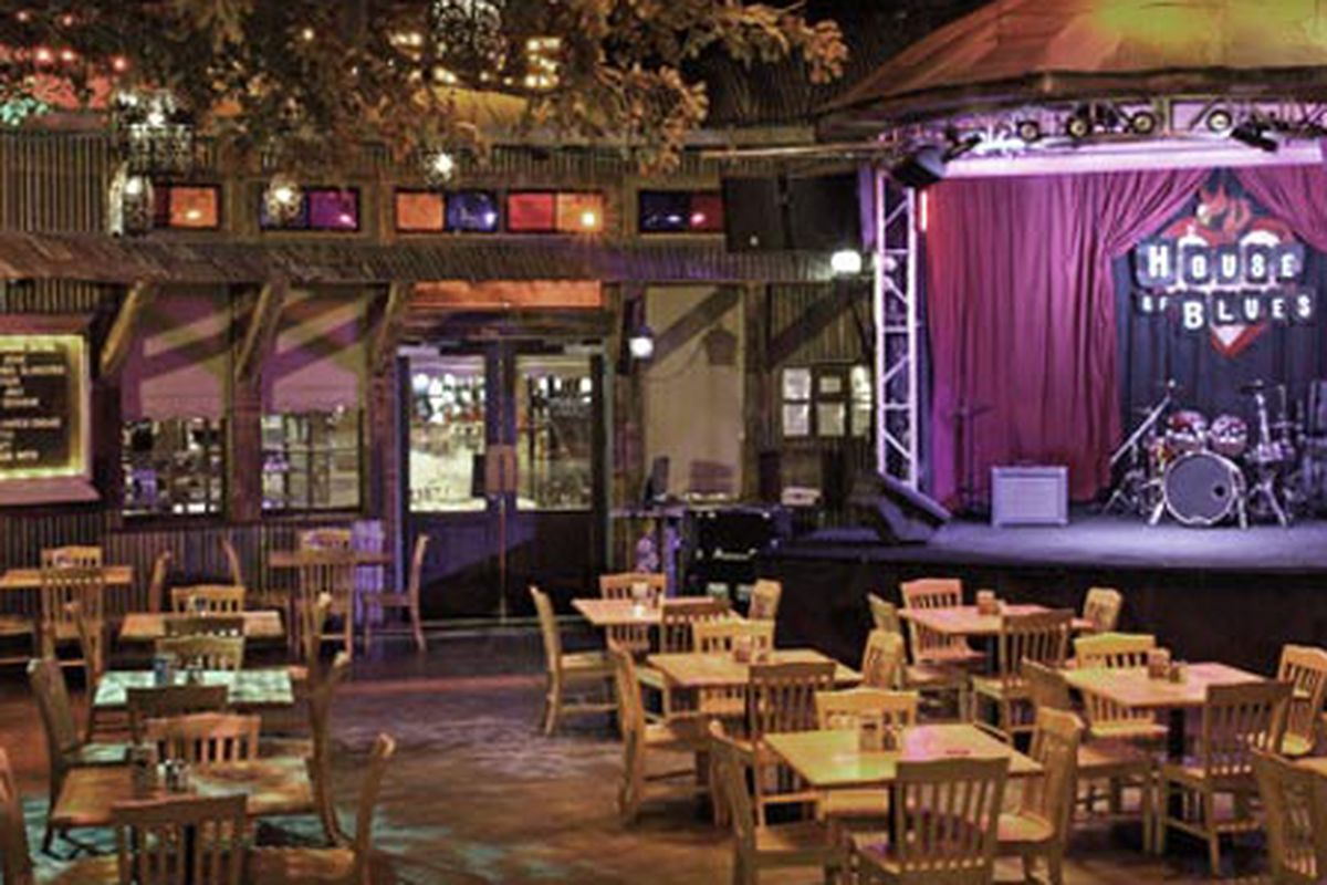 Get your own goodfilezbv.cf certificate to Crossroads at House of Blues in Las Vegas, NV Check out the other restaurants that goodfilezbv.cf has in stock goodfilezbv.cf is the trusted and valued source connecting restaurants and diners nationwide.