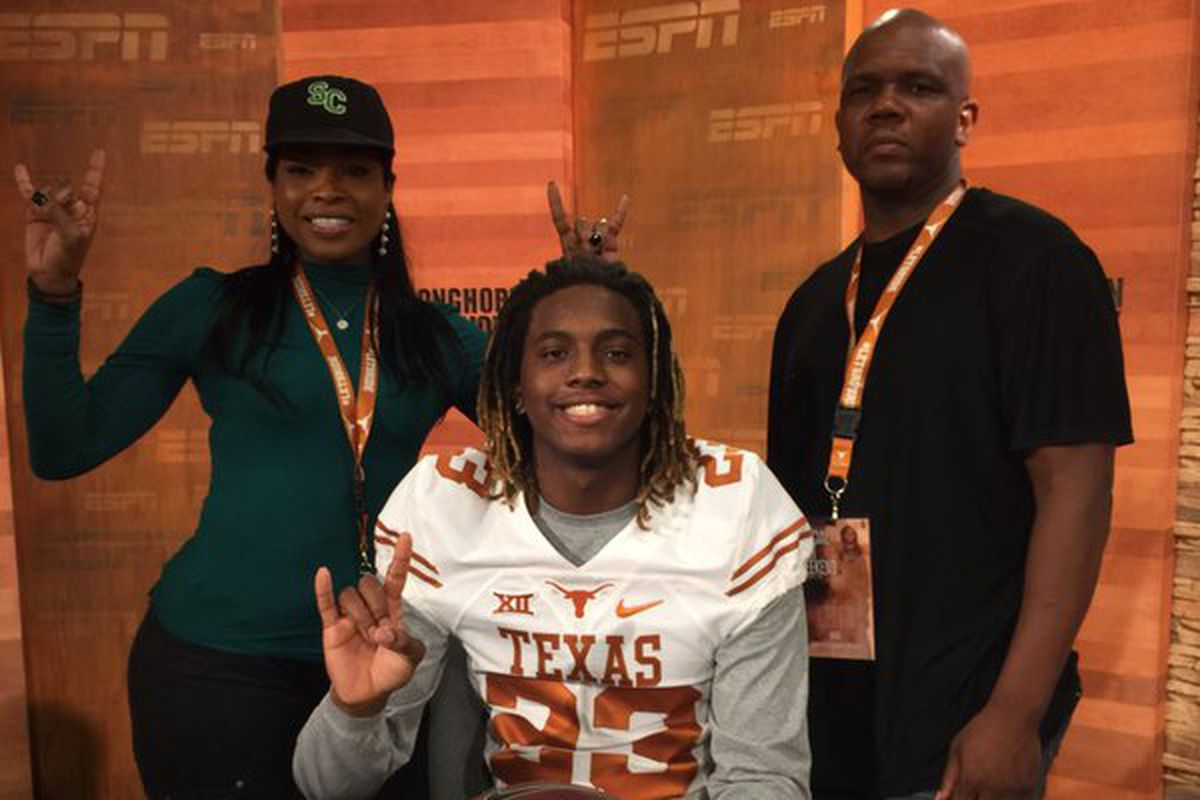 Lil'Jordan Humphrey with his family at Texas