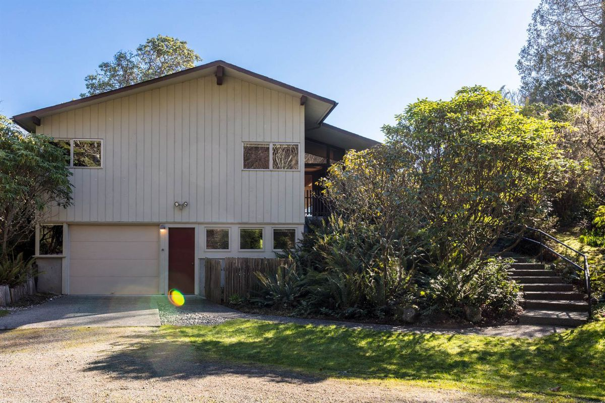 midcentury modern home with spectacular views wants 975k curbed
