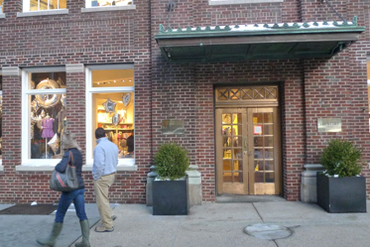 """The Crewcuts space and the signage via <a href=""""http://tribecacitizen.com/2011/01/07/guess-whos-moving-in/"""">Tribeca Citizen</a>"""