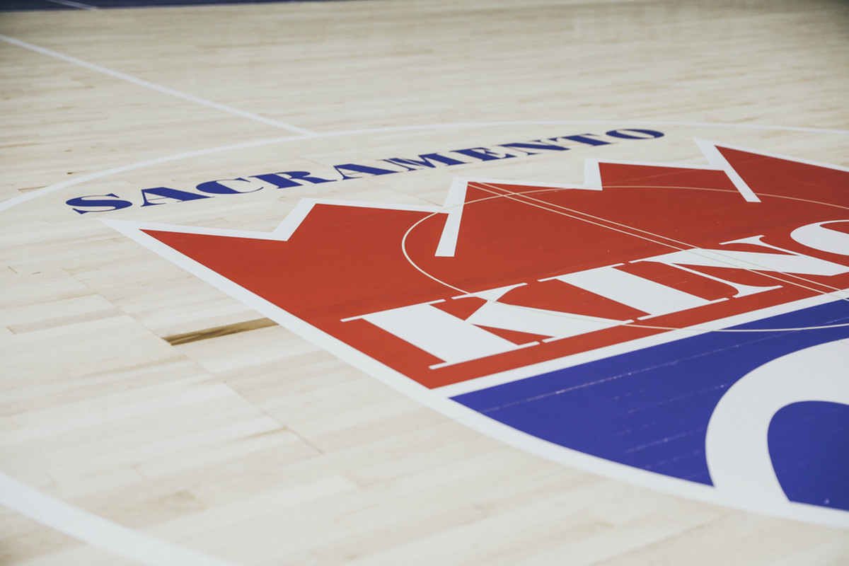 Sacramento Kings unveil 35th anniversary court
