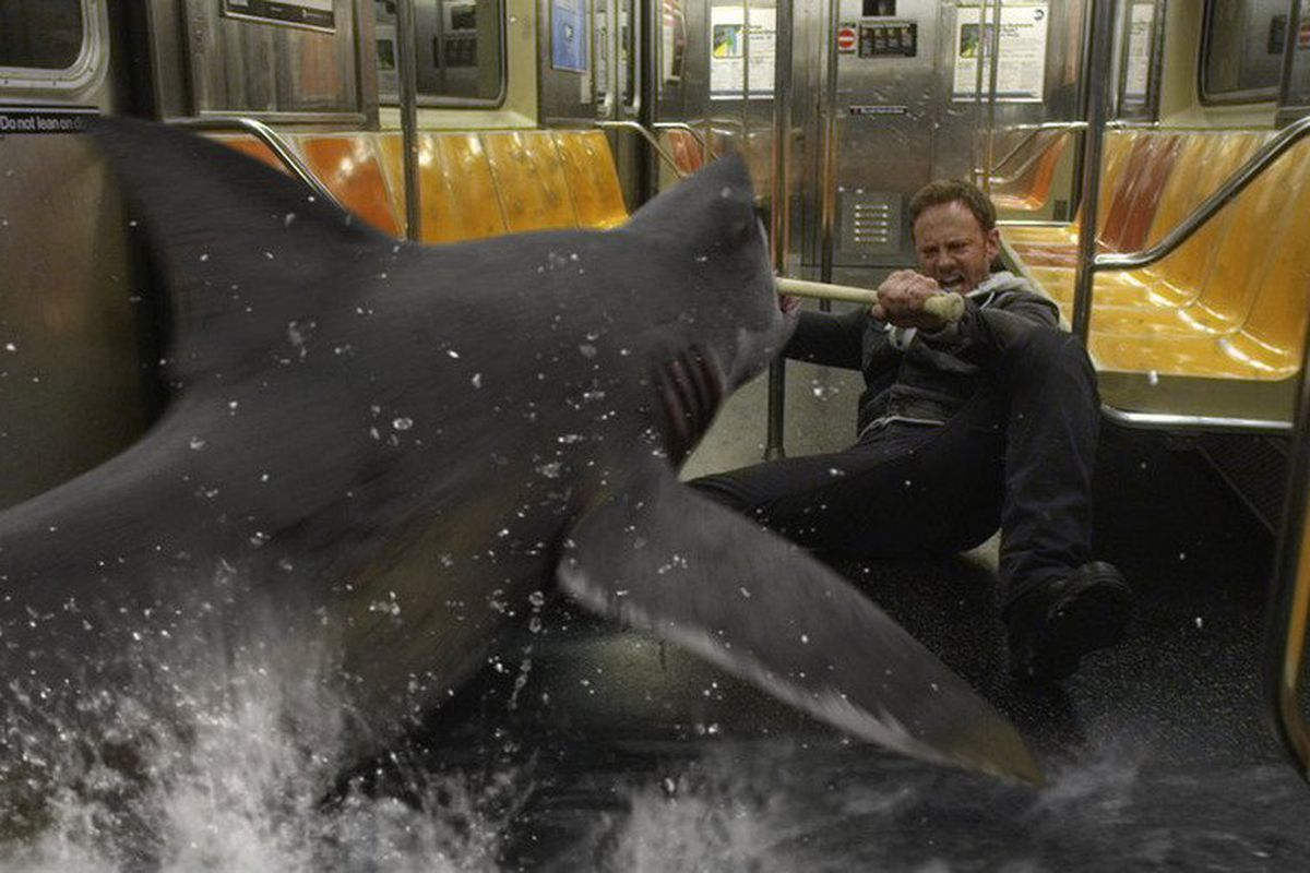Fin Shepard (Ian Ziering) fights off a shark in the subway