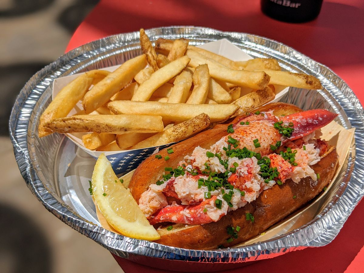 For LA's most exciting new lobster roll spot: Broad Street Oyster Co.