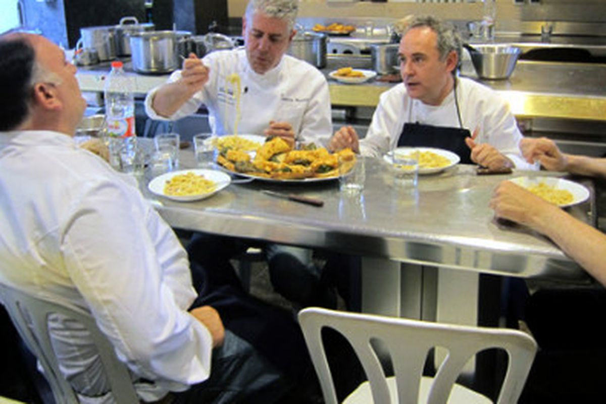 From left to right: José Andrés, Anthony Bourdain, Ferran Adrià, and Juli Soler at elBulli staff meal