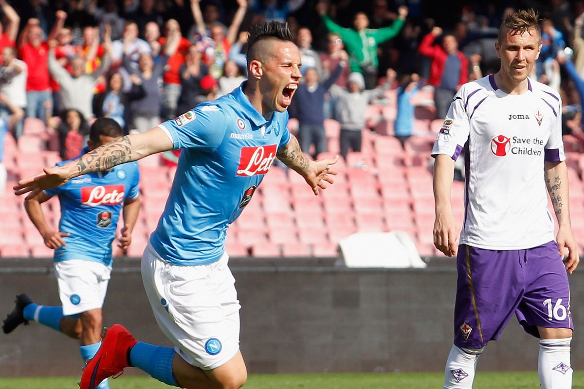 More of Hamsik celebrating in front of sad Fiorentina players, please.