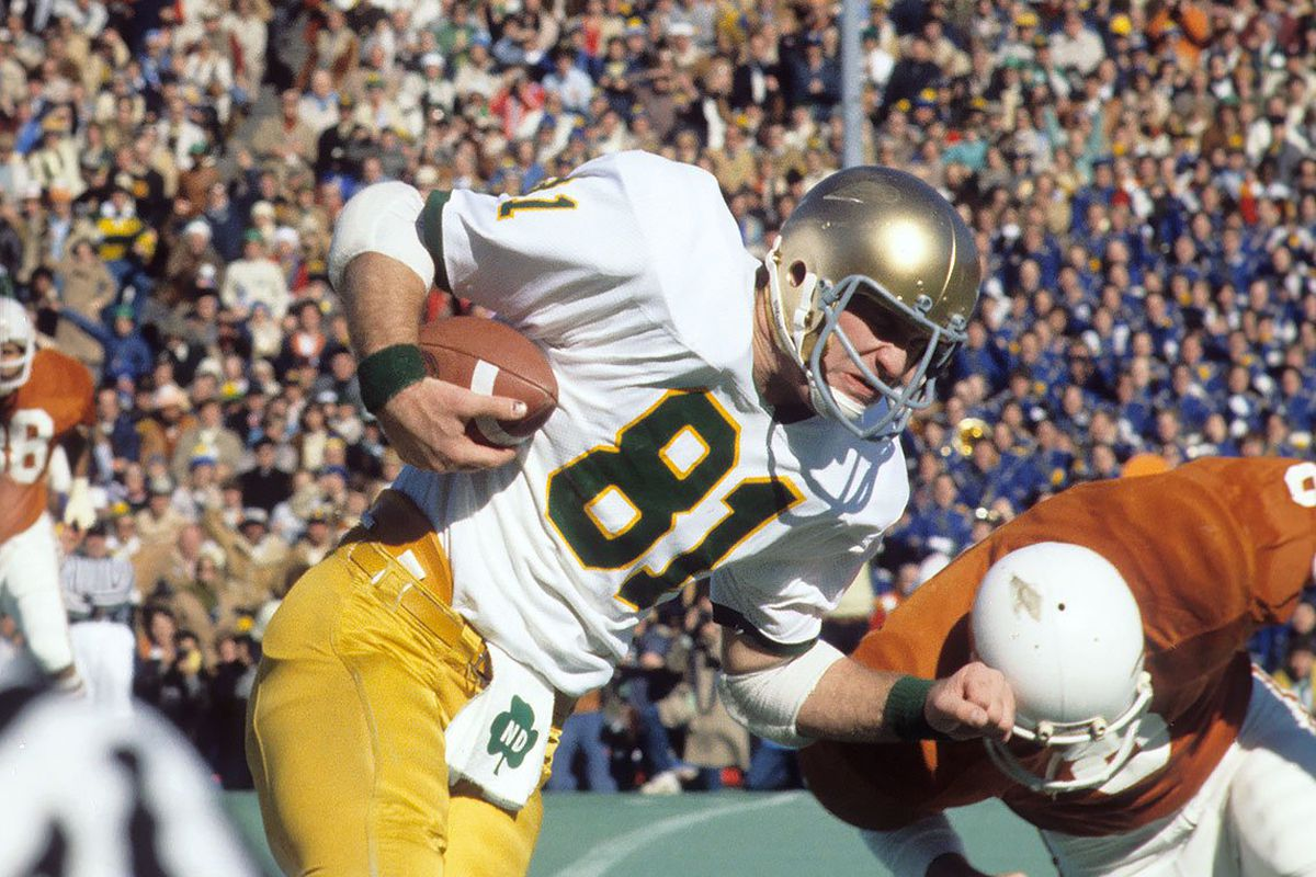 Will Notre Dame Wear Throwback Unis Against Clemson In Cotton Bowl ... 51bf40f75