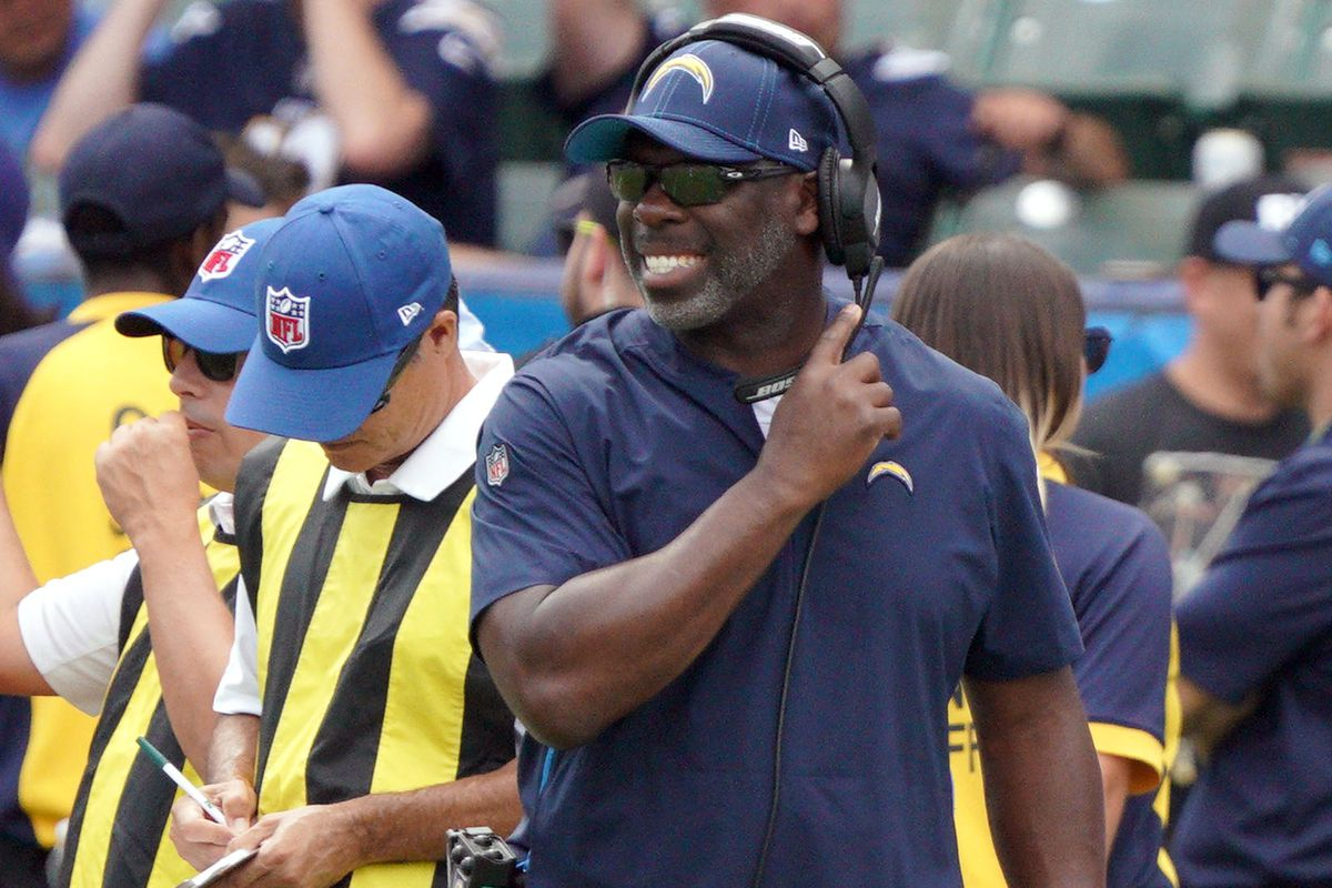 Houston Texans vs Los Angeles Chargers