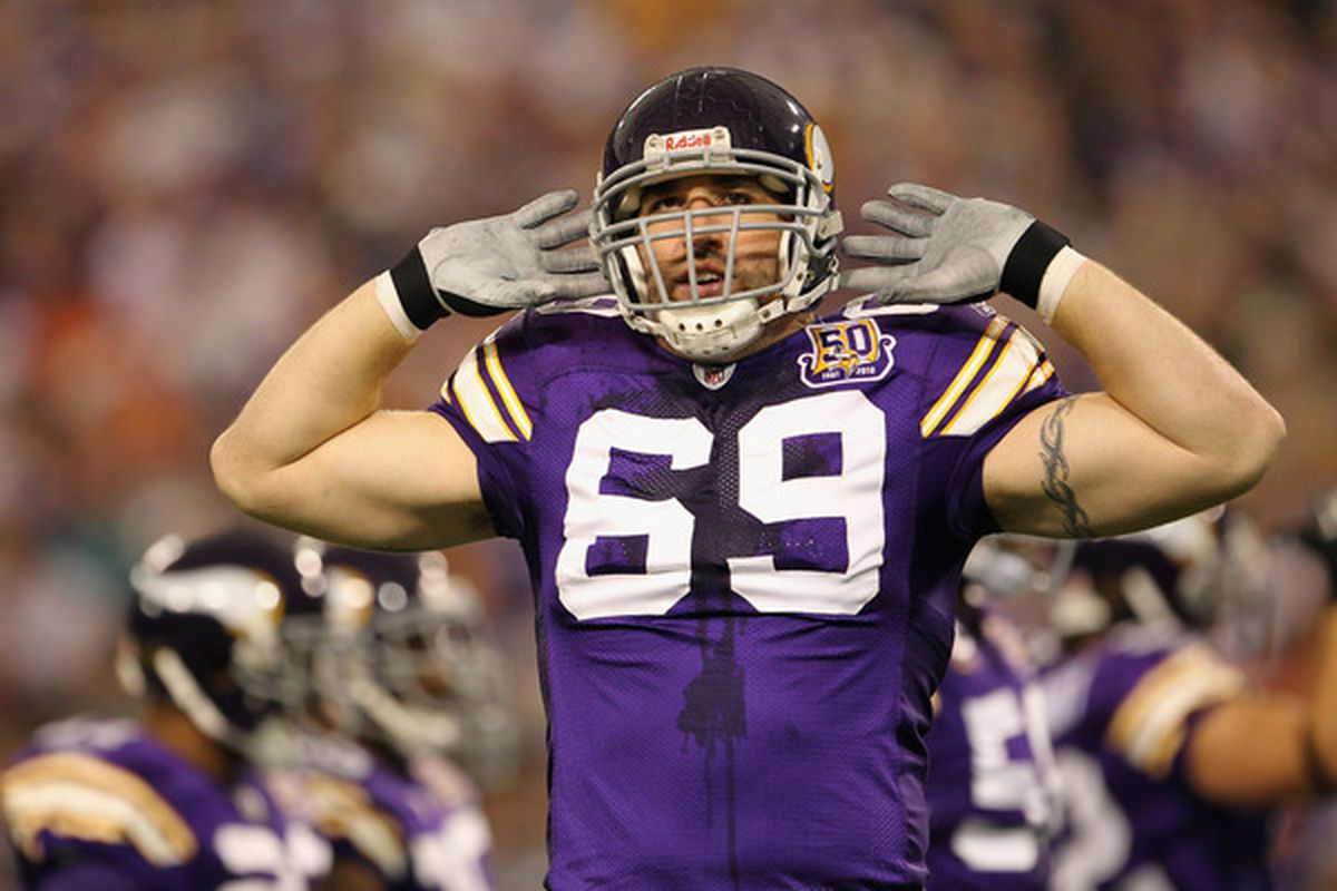 Jared Allen contract: Vikings DE not interested in pay cut
