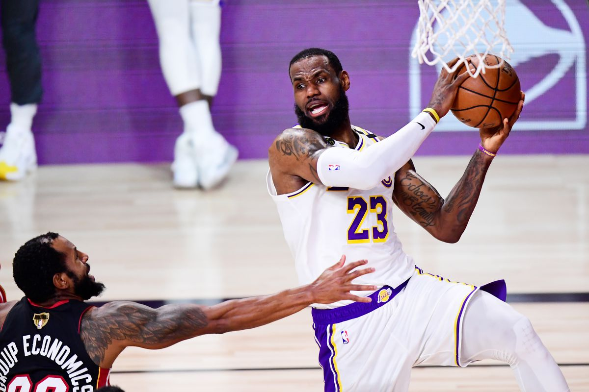 Lakers Vs Heat Game 6 Final Score Lebron James Gets Triple Double In 106 93 Win To Capture 2020 Title Draftkings Nation