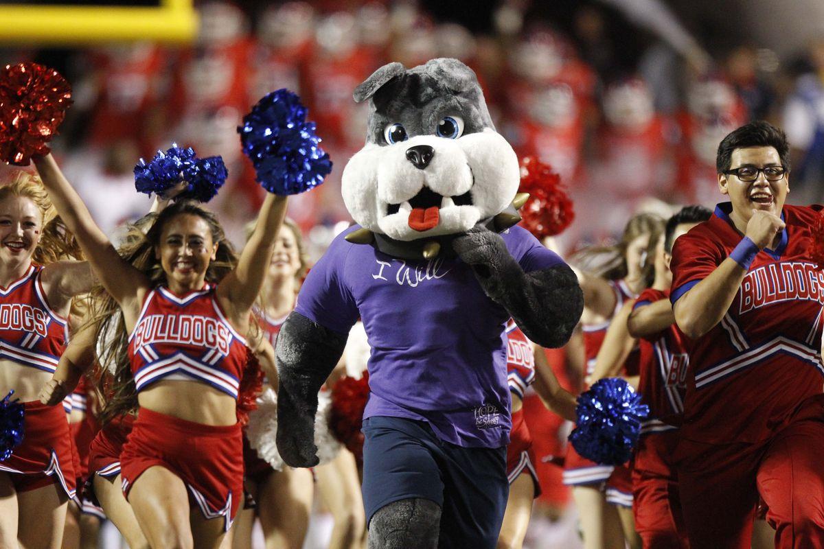 NCAA Football: Utah State at Fresno State
