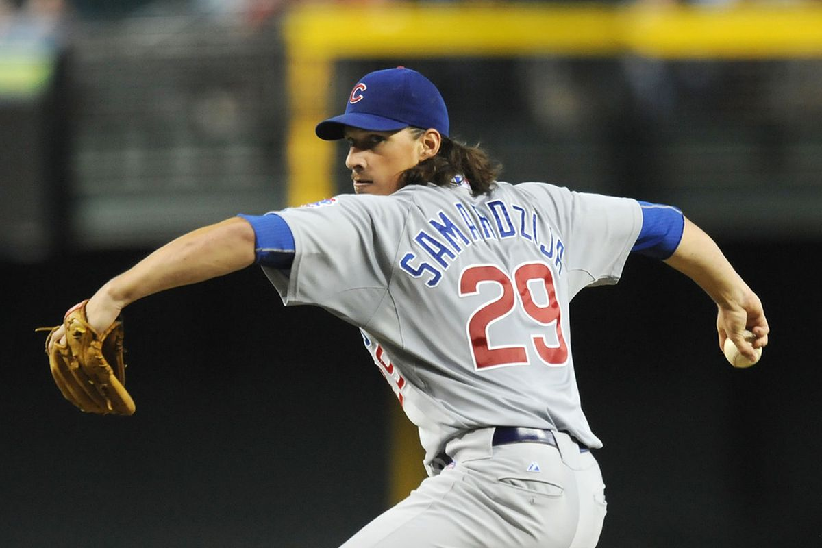 Jeff Samardzija of the Chicago Cubs delivers a pitch against the Arizona Diamondbacks at Chase Field in Phoenix, Arizona.  (Photo by Norm Hall/Getty Images)