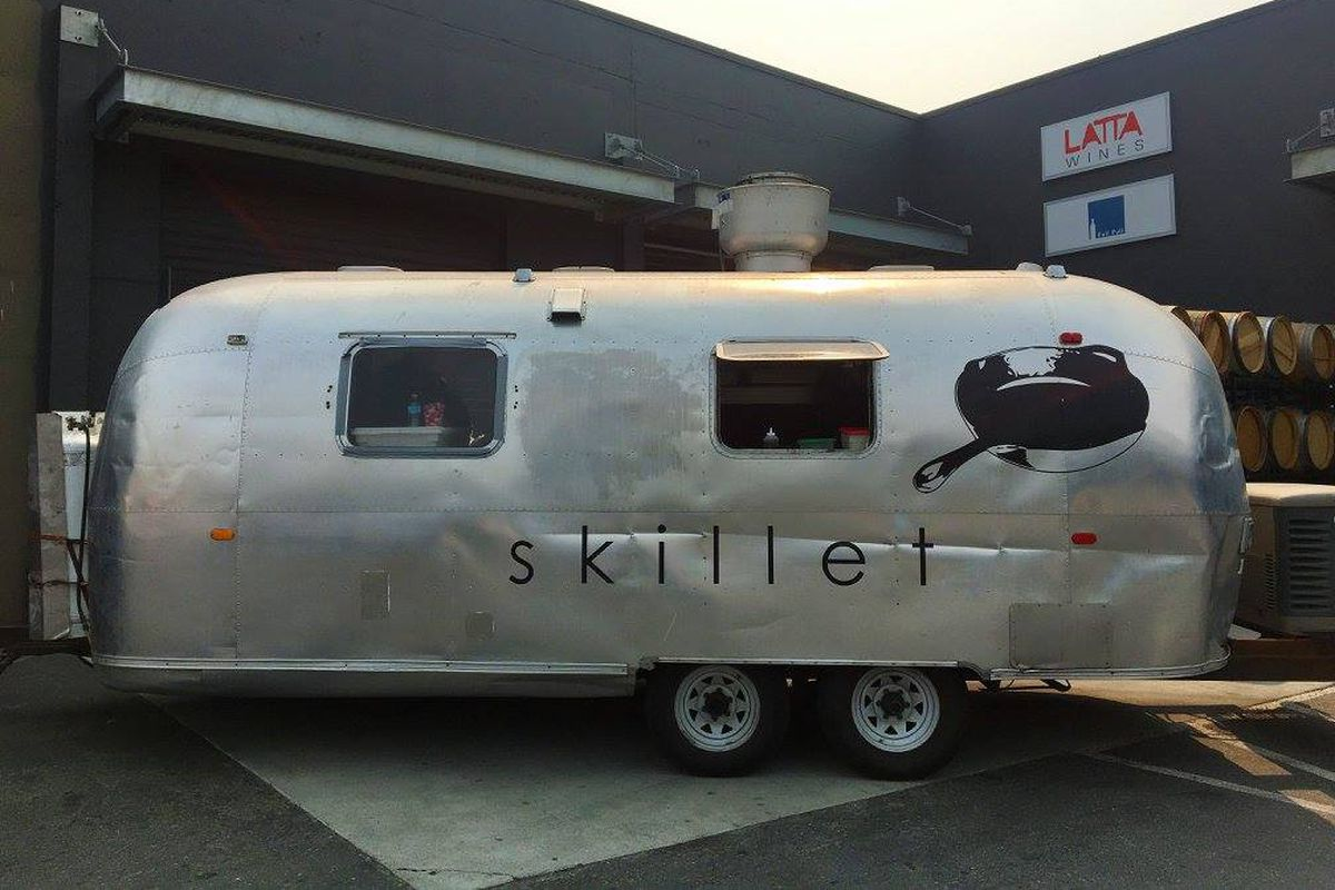 The vintage Airstream trailer of Skillet food truck in Seattle