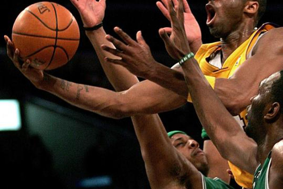 Kobe and the Lakers fell short in Boston last year. But unlike most teams, it seems only to have strengthened them mentally, deepening their resolve and raising the bar.