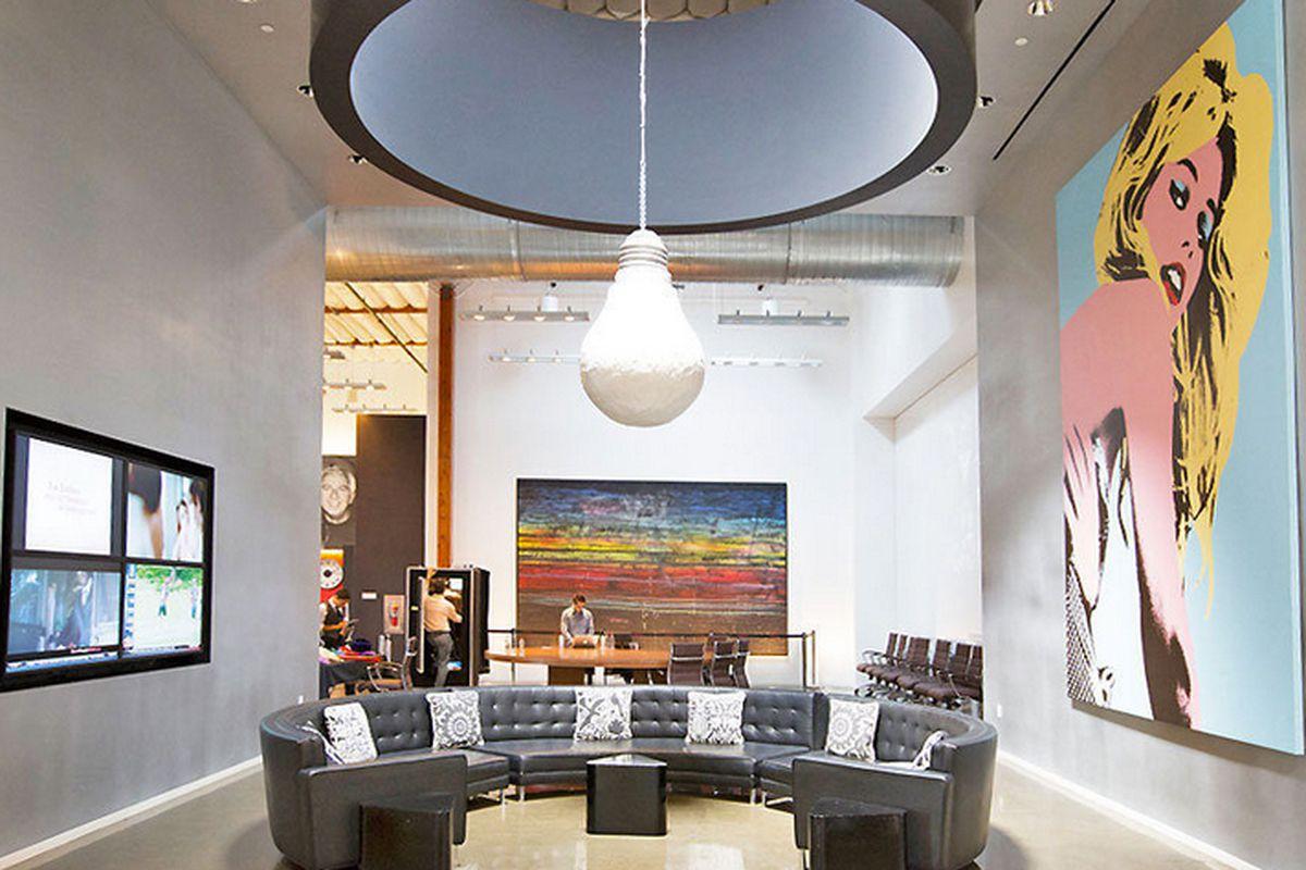 """Guess' DTLA headquarters. Photo by <a href=""""http://www.elizabethdanielsphotography.com/#/"""">Elizabeth Daniels</a>"""