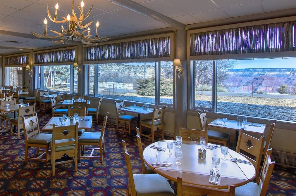 A dining room inside a restaurant near the Grand Canyon
