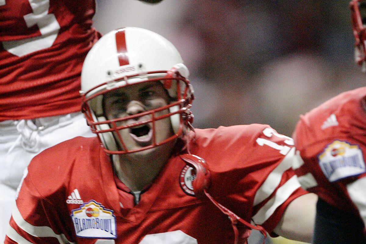 2005 MasterCard Alamo Bowl: Michigan v Nebraska