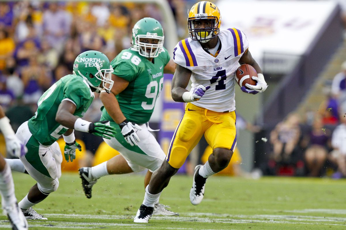 Washington faces a tough task against LSU running back Alfred Blue and the rest of the Bayou Bengals this afternoon in Baton Rouge.