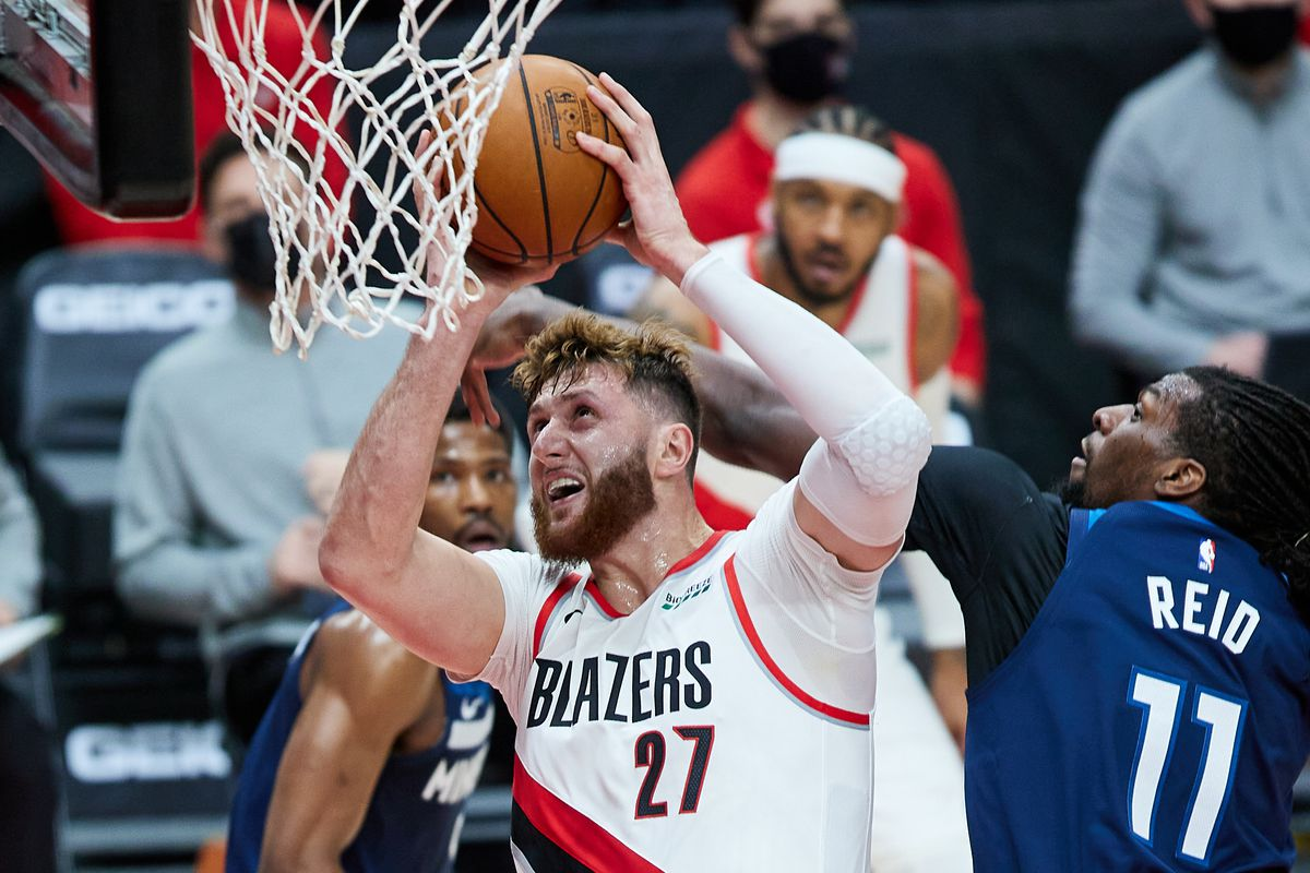 Nurkic Leaves Blazers Raptors Game With Contusion Return Questionable Blazer S Edge