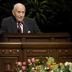 Elder David B. Haight speaks during the Saturday morning session of LDS conference in April 2004.