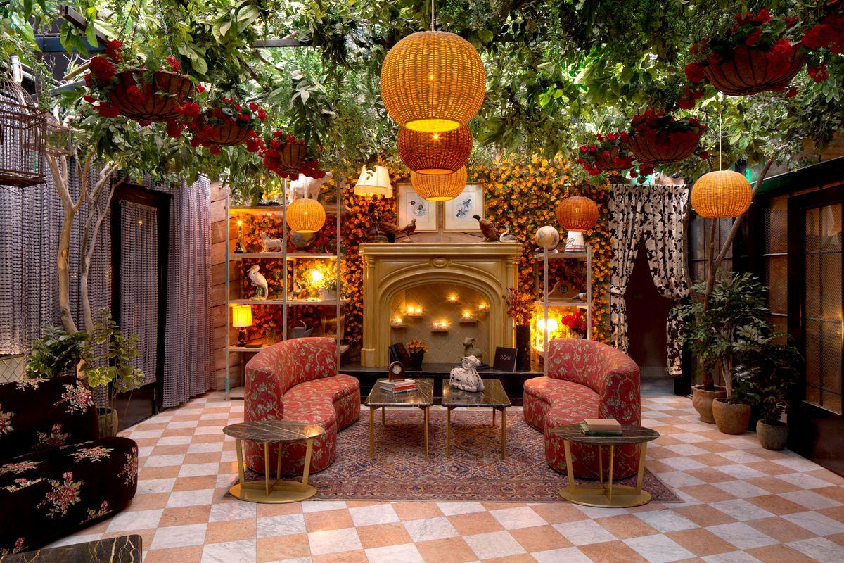 LA\'s Newest h.wood Nightclub Is a Gonzo Surrealist Dream - Eater LA