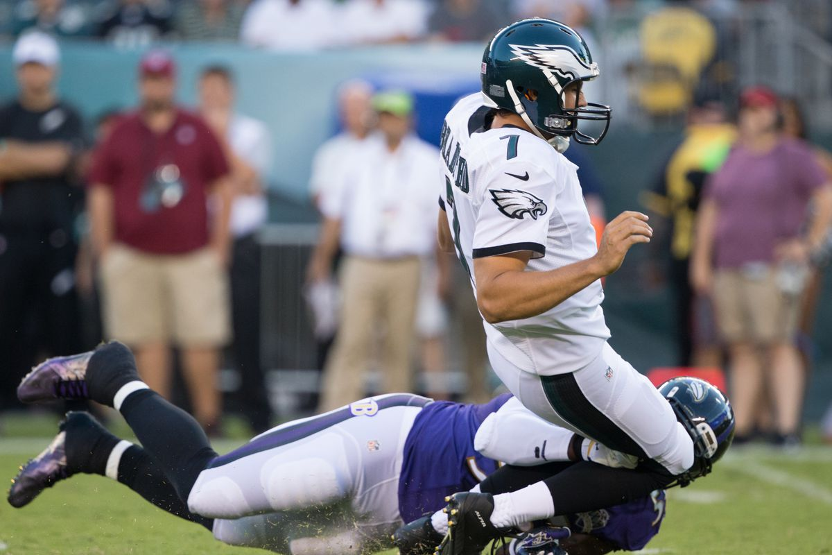Eagles players rip Terrell Suggs for  cheap shot  at Sam Bradford s knees 23887c0fd