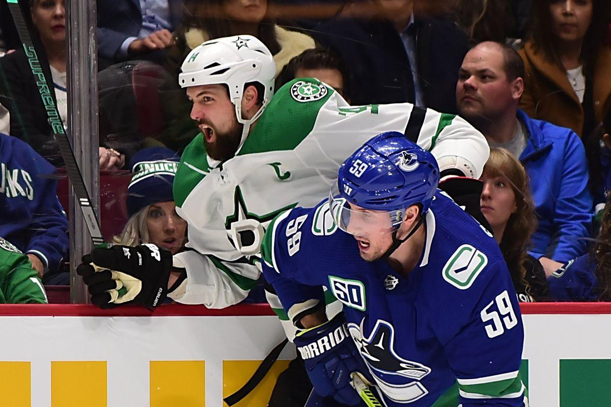 NHL: Dallas Stars at Vancouver Canucks