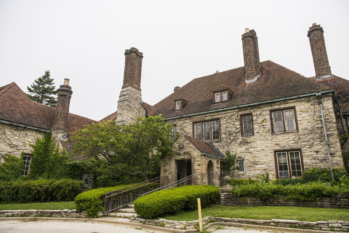 The Harley Clark mansion was declared an Evanston landmark by the city's Preservation Commission in 1982.   Tyler LaRiviere/Sun-Times