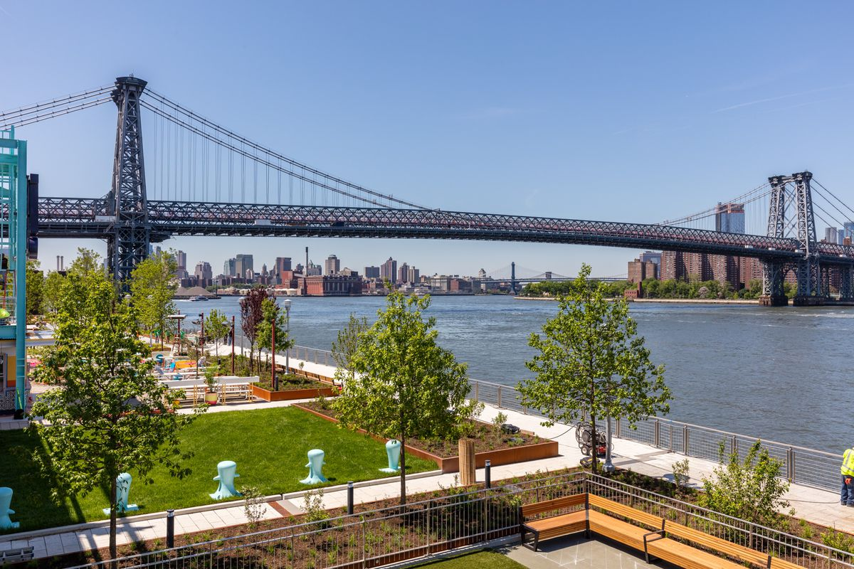b6126e798 Domino Park, designed by James Corner Field Operations, stretches for a  quarter mile along the Williamsburg waterfront.