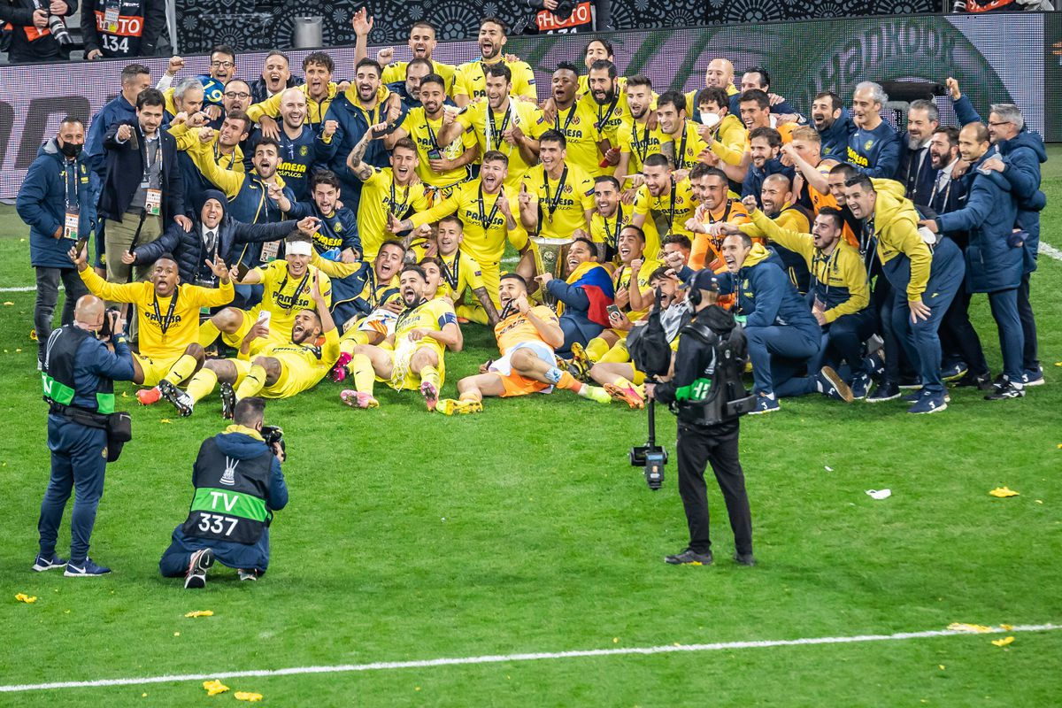 Villarreal CF team pose for a group photo during the UEFA...