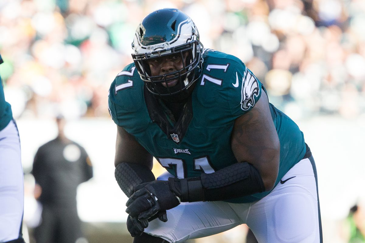 Eagles restructure Jason Peters' contract