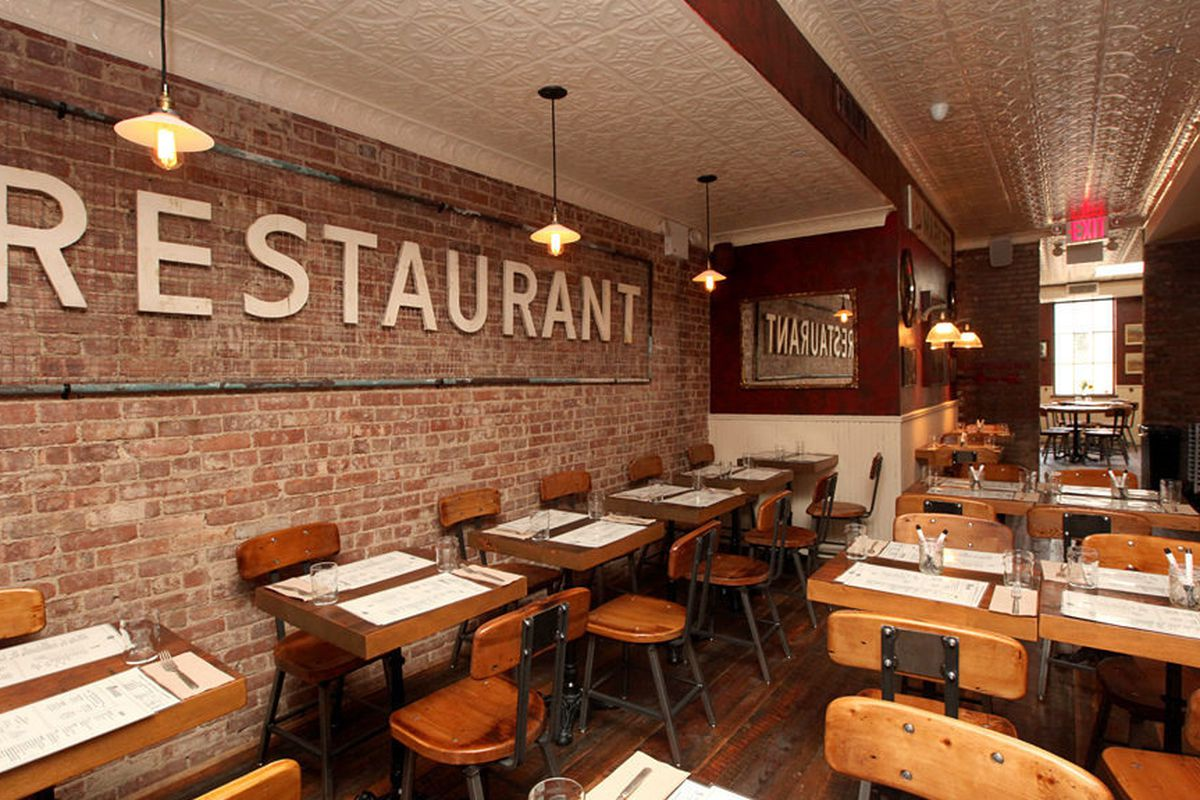 """<a href=""""http://ny.eater.com/archives/2013/08/take_a_look_around_the_upper_east_sides_newest_hot_spot.php"""">Meatball Shop, NYC</a>"""