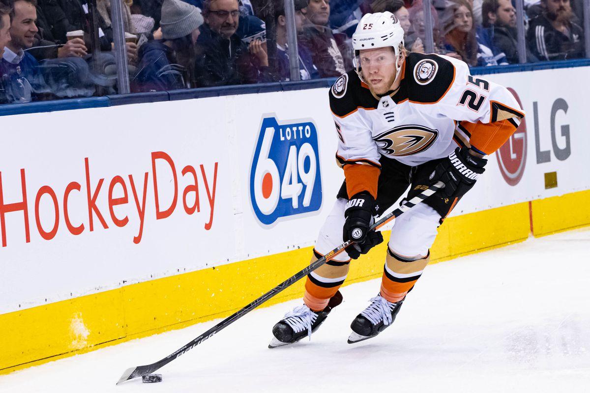 NHL: FEB 07 Ducks at Maple Leafs