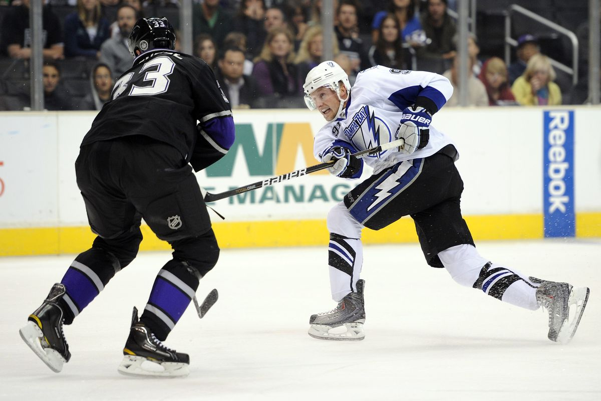 You know there's an issue when one of the few Steven Stamkos images against the Kings is from when the Lightning employed a different logo...