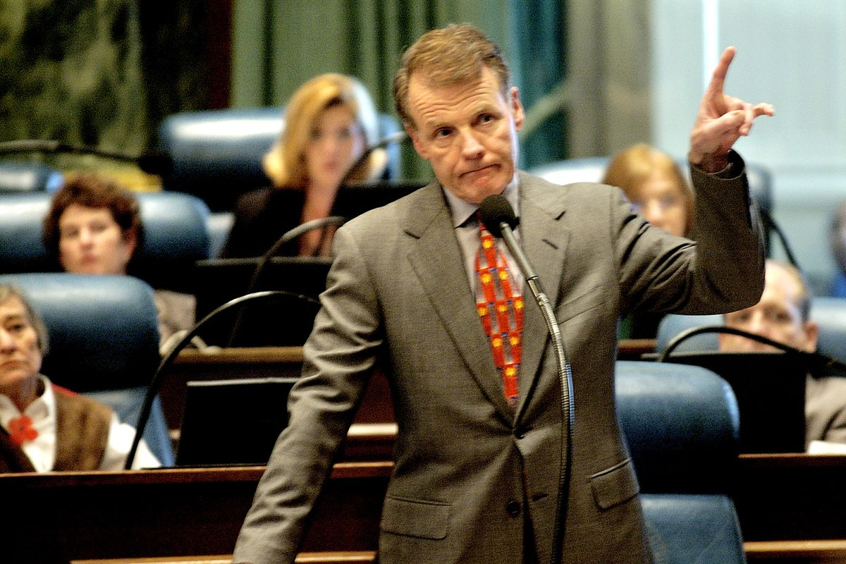 Illinois House Speaker Michael Madigan, D-Chicago, on the House floor at the Capitol in Springfield in 2003.