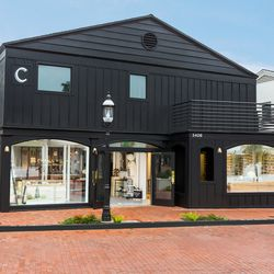 Shoppers will enjoy waterfront scenery behind the shop and village views in the front.