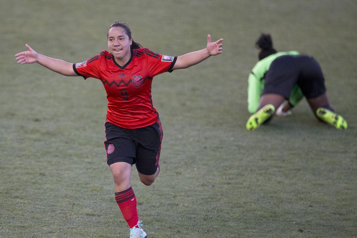 Trinidad & Tobago v Mexico: Third Place - 2014 CONCACAF Women's Championship