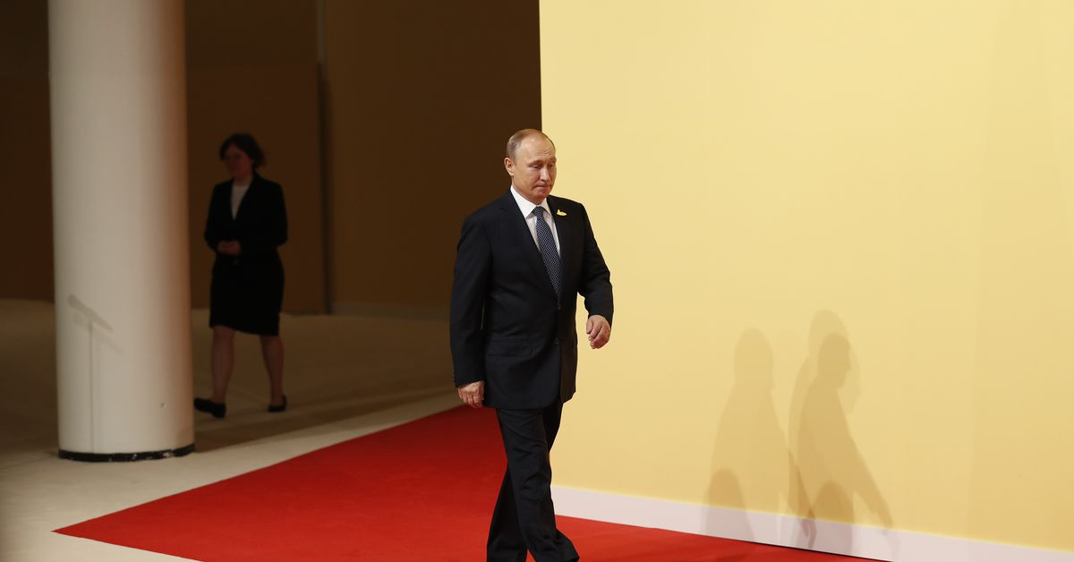 Vladimir Putin wins Russia's presidential election