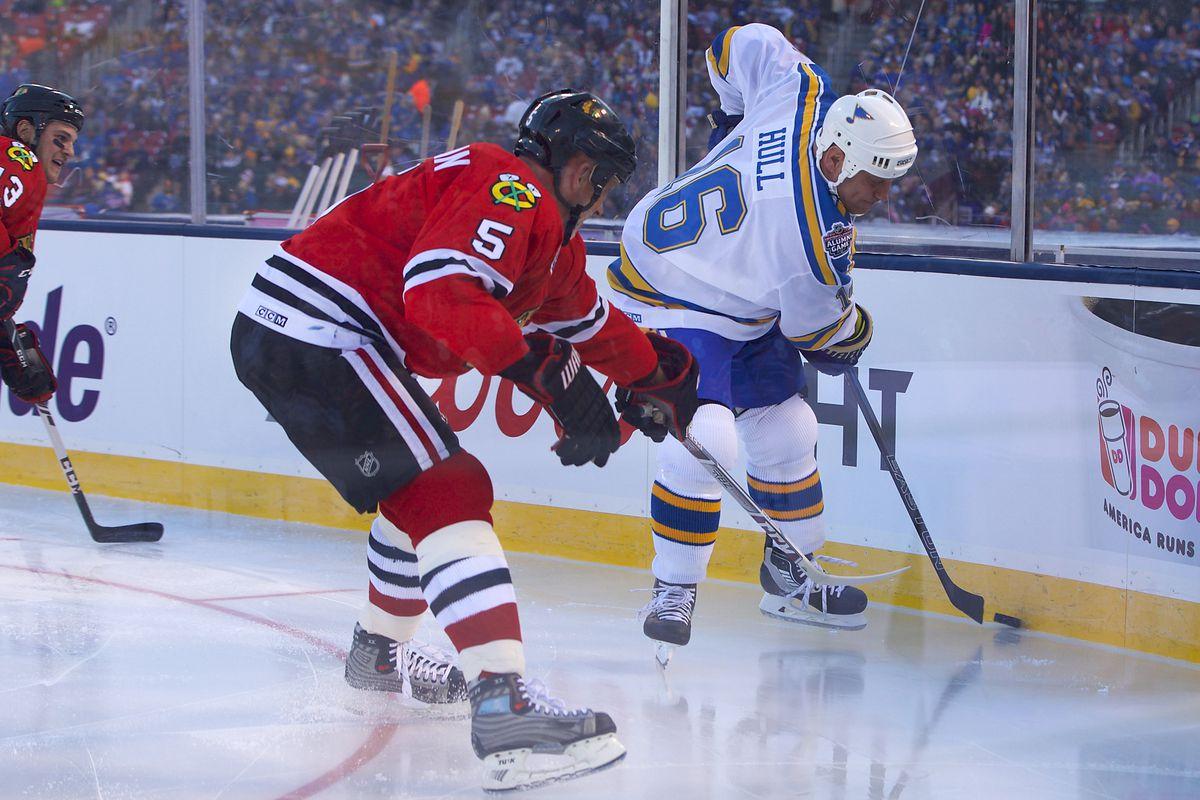 NHL: DEC 31 Winter Classic Alumni Game - Blackhawks at Blues
