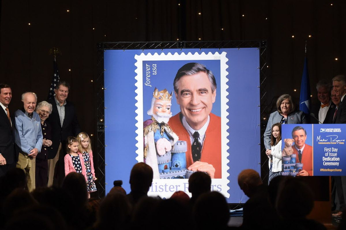 Us Postal Service Unveils Mister Rogers Postage Stamp In His Old Neighborhood Chicago Sun Times