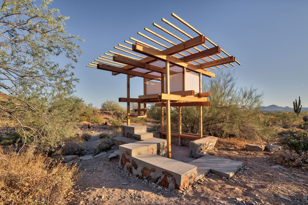 Frank lloyd wright architecture school graduate built this for Tiny home architects