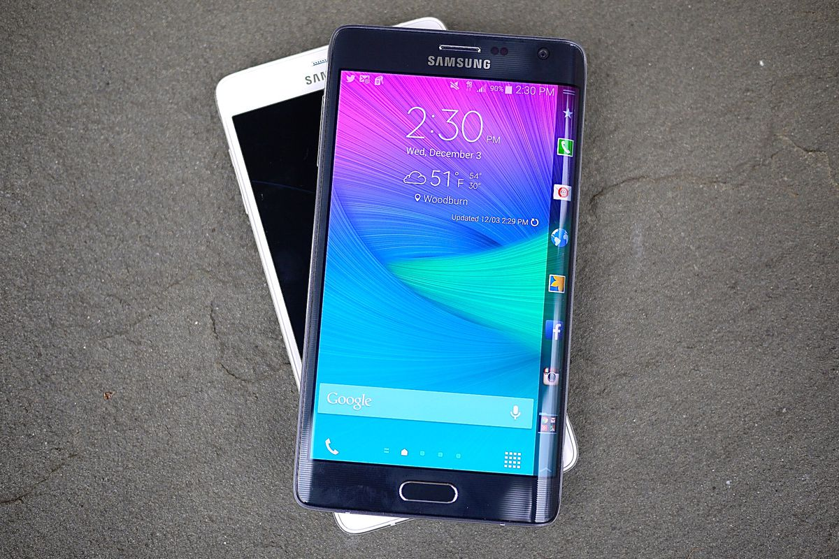 Samsung Galaxy Note Edge Review: Cutting-Edge Curve or Gimmick?