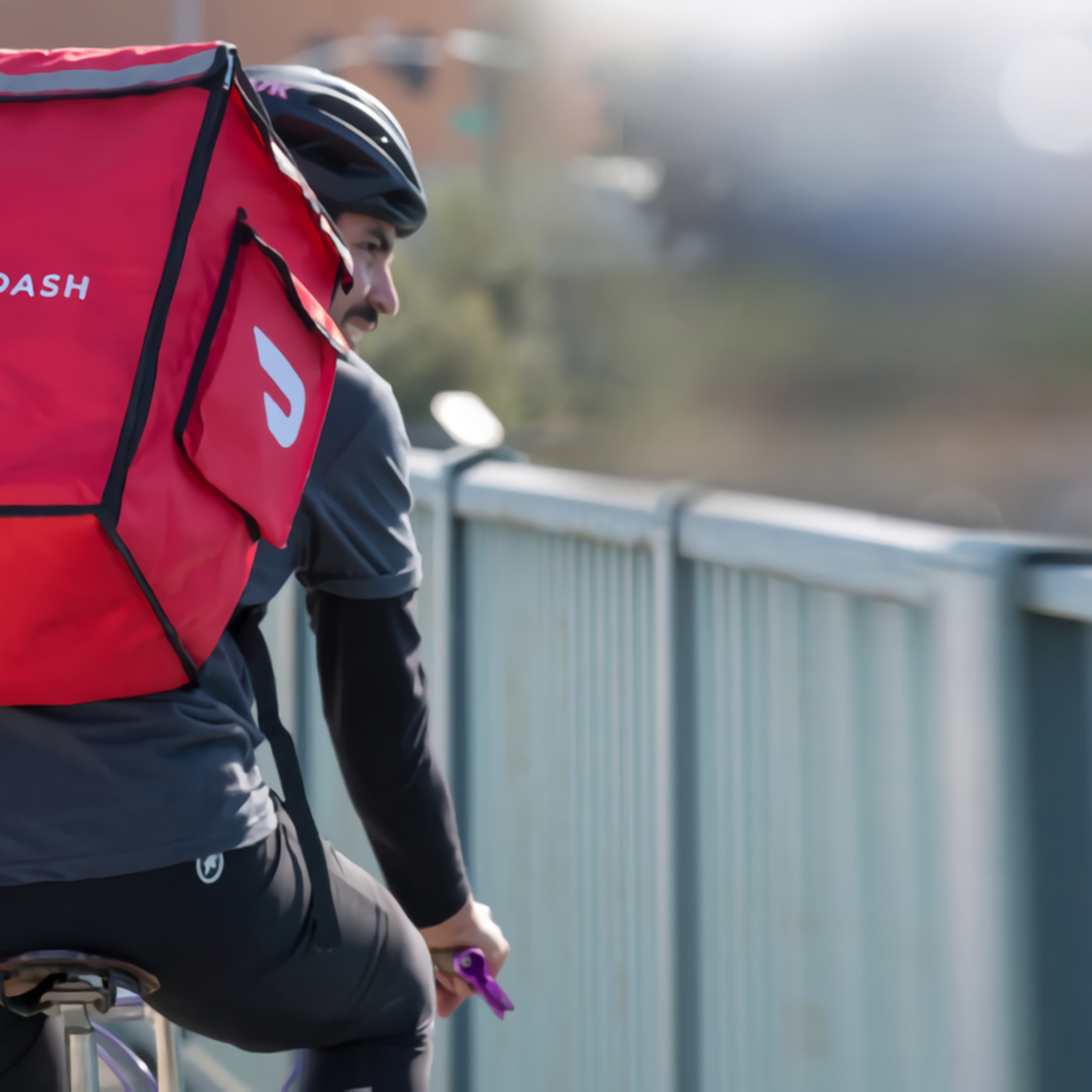 Delivery apps like DoorDash are using your tips to pay