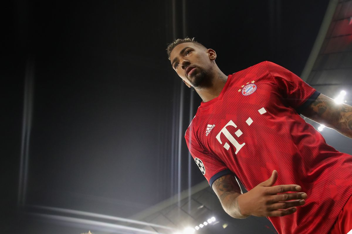 MUNICH, GERMANY - NOVEMBER 07: (EDITORS NOTE: STAR EFFECT FILTER USED TO CREATE THIS PICTURE!) Jerome Boateng of Bayern Muenchen celebrates after the Group E match of the UEFA Champions League between FC Bayern Muenchen and AEK Athens at Allianz Arena on November 7, 2018 in Munich, Germany.